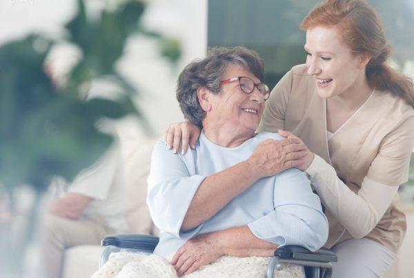 การดูแลผู้สูงอายุดูแลอย่างไรให้ถูกต้องเหมาะสม