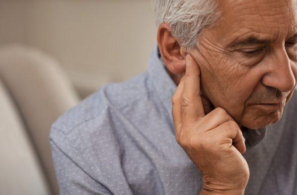 การวินิจฉัยและรักษาปัญหาการได้ยิน หูอื้อ หูตึงในผู้สูงอายุ