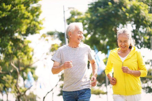 เคล็ดลับอายุยืน ทำอย่างไร เพื่อเตรียมพร้อมเข้าสู่สังคมผู้สูงอายุ